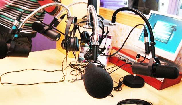 Studio de Bac FM